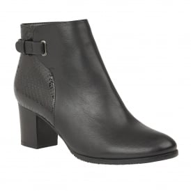 Black Tanaan Ankle Boots