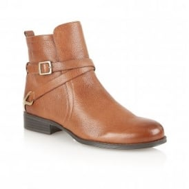 Jaxon Banana Bread Leather Ankle Boots | Naturalizer